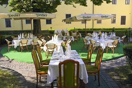 Hotel Klastrom Gyor - discount packages in the castle hotel of Gyor